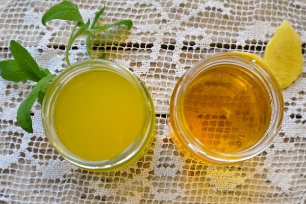 Masło szałwiowe to jeden z ulubionych dodatków w kuchni francuskiej i włoskiej. Może i my spróbujemy czasami użyć tego lekko gorzkiego, świetnie dezynfekującego zioła?